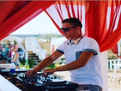DJ Yanko Lorenzo